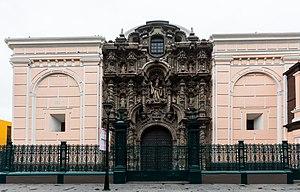 Church of San Agustín, Lima - Detail of the main entrance of the Church of San Agustin.