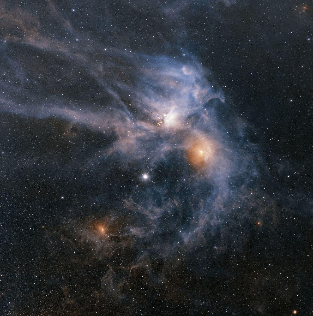 Infrarotaufnahme der Rho-Ophiuchi-Wolke mittels des Wide-Field Infrared Survey Explorer