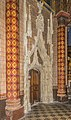 Interior of the Saint Stephen Cathedral in Cahors 09.jpg
