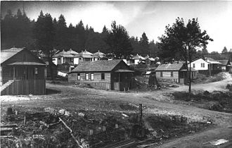 Issaquah, Washington - Coal miners' homes in Issaquah, 1913.