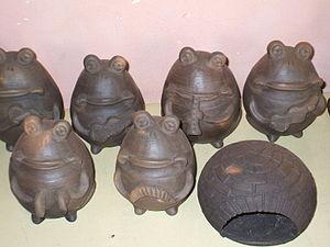 Itá, Paraguay - Ceramic works of Rosa Brítez