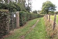 Jüdischer Friedhof Schwelm - Zuweg und Tor.jpg
