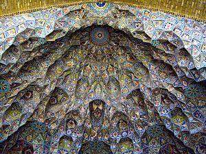 Jameh-ye_Atigh_Mosque_-_muqarnas_-_edit