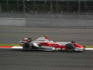 2007 Japanese Grand Prix - Jarno Trulli was the last car to actually finish, and classified thirteenth for the Toyota team.