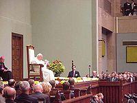 João Paulo II em visita ao Parlamento Polaco a 11 de junho de 1999