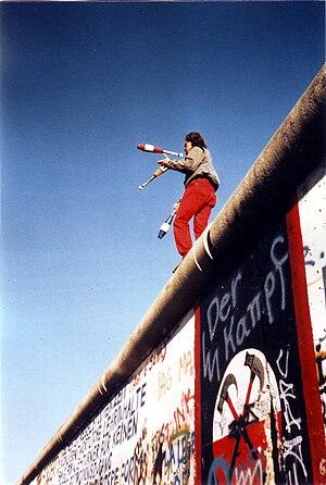 Juggling on the Berlin Wall on 16 November 1989