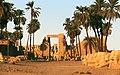 Karnak-06-westliche Sphinxallee-Chons-Tempel-1982-gje.jpg