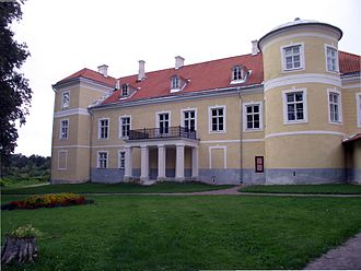Kiltsi Manor - View from the right