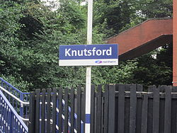 Knutsford railway station (7).JPG