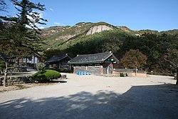 Korea-Buan County-Naesosa-Washroom-01.jpg