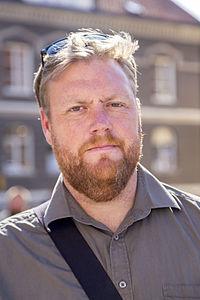 Kristoffer Appelquist - Svensk ståuppkomiker i Almedalen 2014.jpg