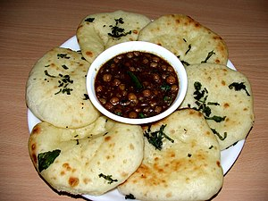 Chana masala - Chole kulcha (chickpea served with flatbread)