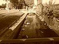 L'iton avec ses pierre et limon boulevard de Normandie à Evreux.jpg