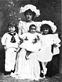 Lady Dudley and children 1898.jpg
