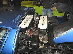 Giotto Bizzarrini - Bizzarrini-designed Lamborghini V12 in Miura engine bay