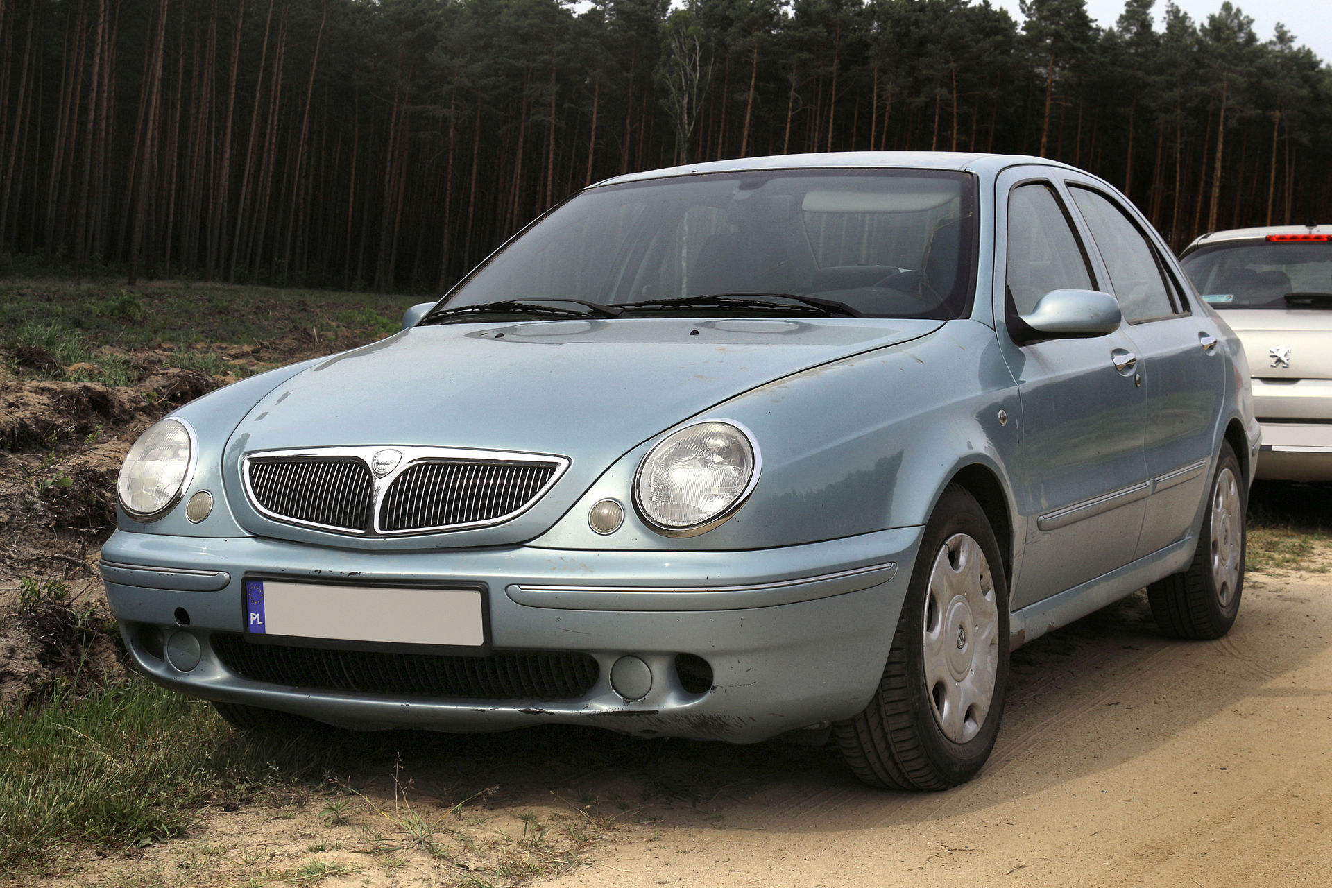 Category:Lancia Thesis