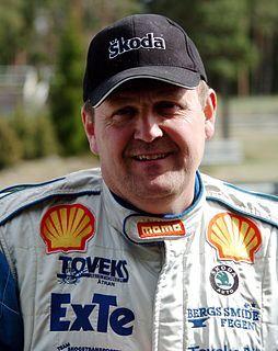 Lars Larsson (racing driver)