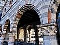 Le volte del Broletto - lato via Pretorio (nord-est).jpg