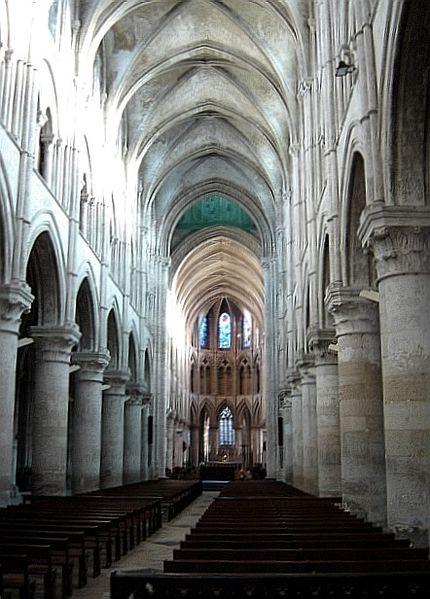 Image:Lisieux - nef de la cathédrale.jpg