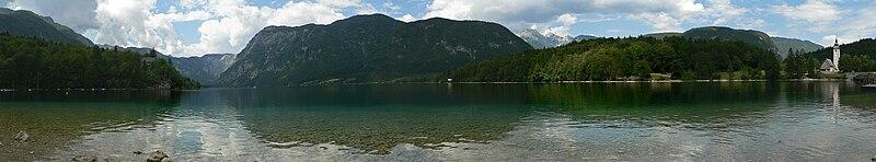 File:Loch Bohinj.jpg