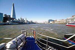 London auf der themse pool of london 02.02.2012 12-42-19.JPG