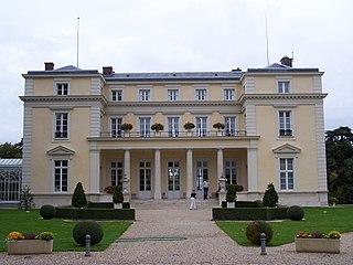 Château de Voisins (Louveciennes)