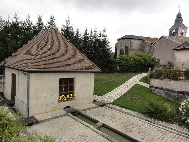 Méligny-le-Grand (Meuse) lavoir et église