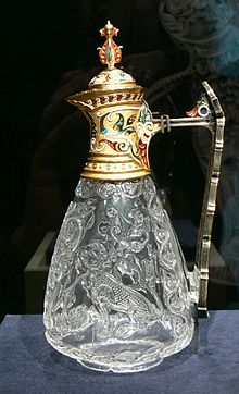 Photograph of an Egyptian 10th-11th century carved-rock-crystal ewer with enamelled gold mounts.
