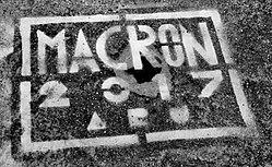 Macron 2017 stencil, Paris (35283347375) (cropped1).jpg