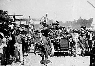 Candidate Francisco I. Madero with peasant leader Emiliano Zapata in Cuernavaca during the Mexican Revolution Madero en Cuernavaca.jpg
