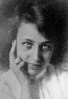 Mae Costello American actress