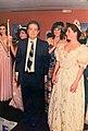 Mahmoud Sanaâ escortant un des modèles.jpg
