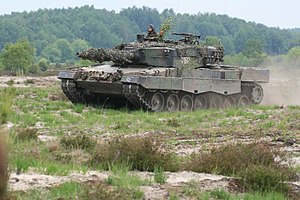 Operational Structure of the Polish Land Forces - 10th Armoured Cavalry Brigade Leopard 2A4 on maneuver