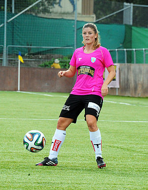 Maren Mjelde - Playing for Göteborg in 2014