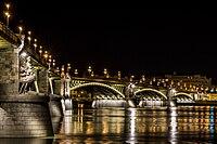 Margit híd éjszaka.jpg