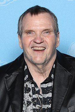 Meat Loaf Photo Op GalaxyCon Raleigh 2019 (cropped).jpg