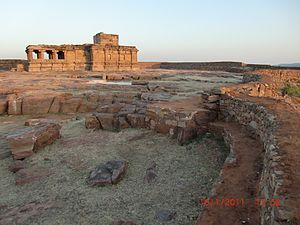 Aihole - The Aihole fort rubble walls on Meguti hill enclosing the 5th-6th century Jain temple.