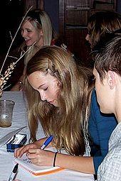 Mendler at Alice Upside Down premiere in 2007