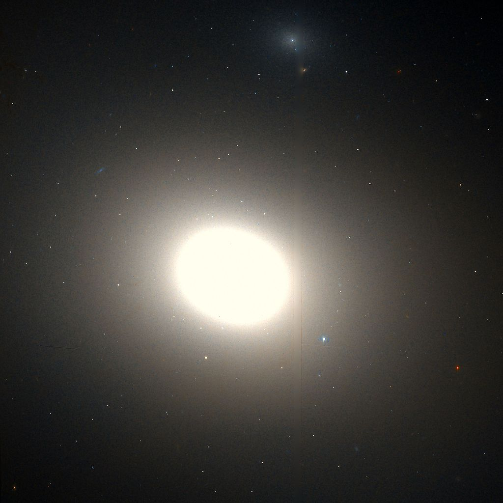 Messier 86 Hubble WikiSky.jpg