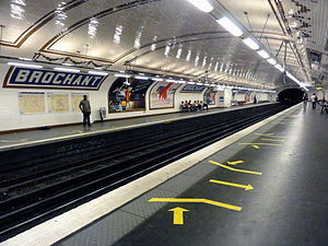 Brochant (Paris Métro) - Image: Metro de Paris Ligne 13 Brochant 15