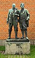 Michael Ancher og PS Krøyer skulptur af Laurits Tuxen.jpg