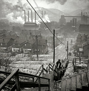 Pittsburgh Town - Pittsburgh's steel mills in 1940