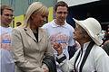 Minister Elżbieta Bieńkowska w rozmowie z mieszkańcami (6163281360).jpg