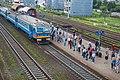 Minsk Uschodni station p06 (ER9T arriving).jpg
