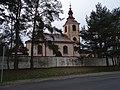 Mořina, kostel svatého Stanislava, severní strana.jpg