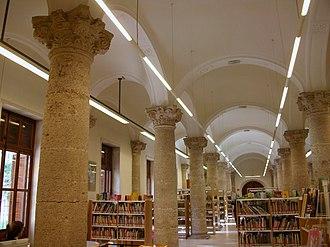 Public Library of Valencia - Image: Nau de l'antic Hospital General, convertit en la Biblioteca Pública de València
