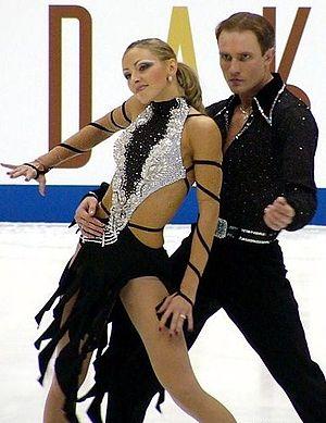 Tatiana Navka - Navka and Kostomarov at the 2004 NHK Trophy