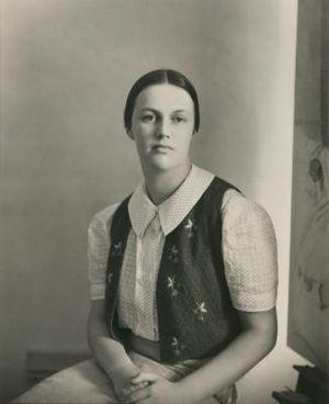 Nora Heysen - Photograph of Heysen by Harold Cazneaux, 1939, Sydney