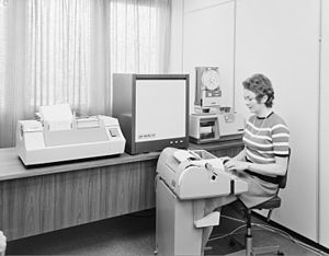 History of Norsk Data - Norsk Data employee working at a Nord-20 computer in 1971
