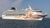 Norwegian Sun departing Port of Tallinn 25 May 2012 (cropped).JPG